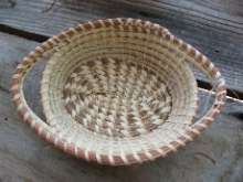 LITTLE OVAL CANDY DISH BASKET