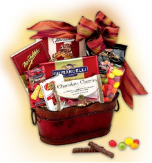 RED DELICIOUS  -  KOSHER GIFT BASKET