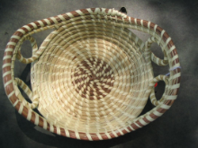 SMALL TWO LOOP BREAD BASKET